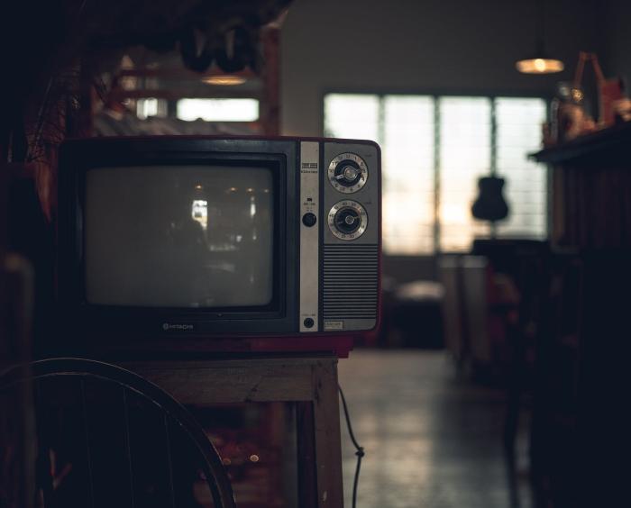ინტერნეტ რეკლამის შემოსავლები ძალიან მალე სატელევიზიო რეკლამისას გადააჭარბებს